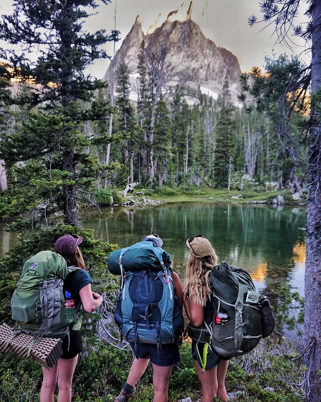 Girls backpacking at Alice Lake in Stanley, Idaho